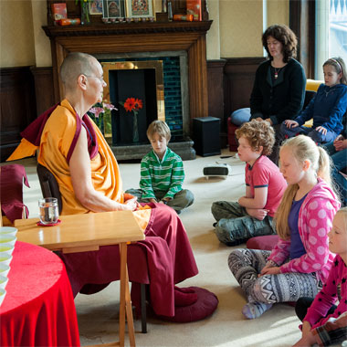 children-meditating380sq
